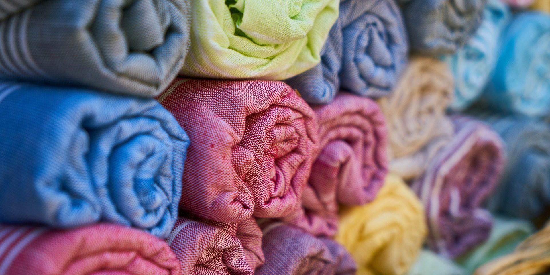 4f2b6fd0d8703 7 tipos de tecido têxtil que toda confecção têxtil deveria usar - Zusper